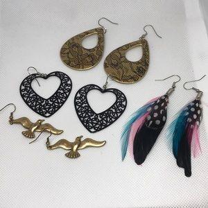 4 pairs of earrings vintage 1980's